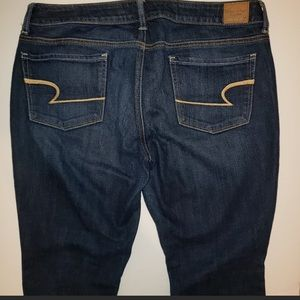 Gently used women's American eagle skinny jeans